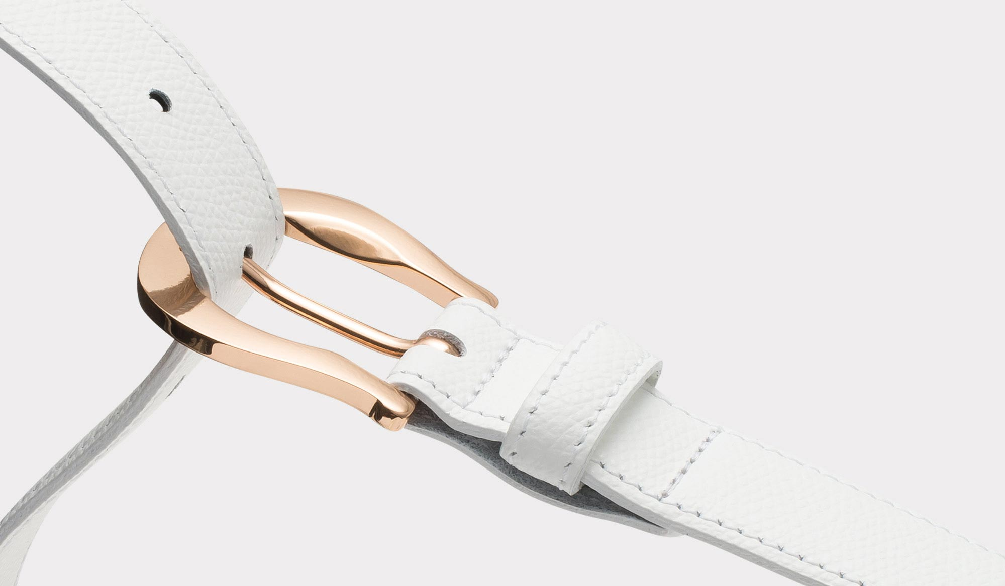Klassischer weißer Palmellato Ledergürtel mit goldener Schnalle für Damen