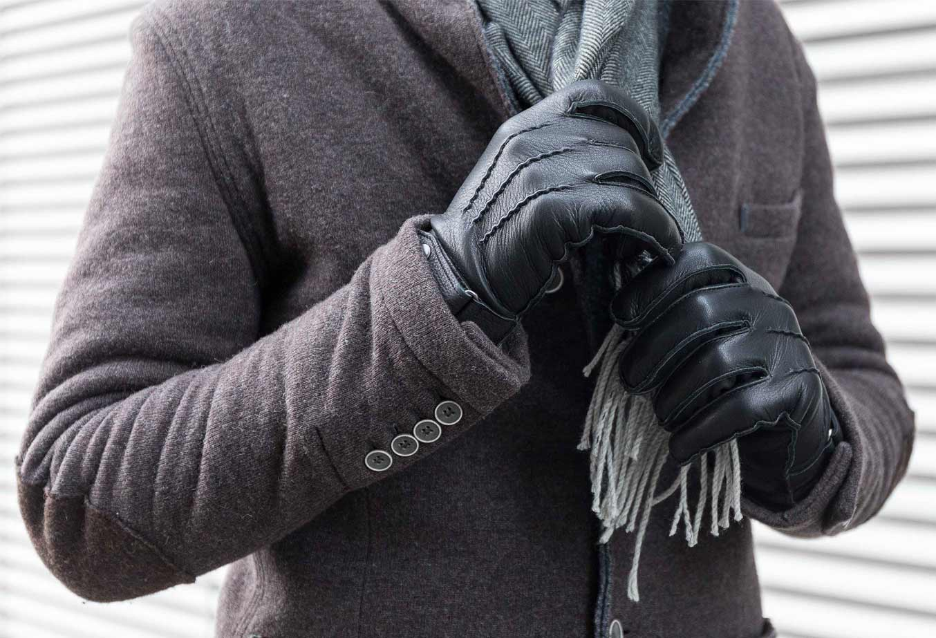 Sheepskin Is The Ideal Choice For Rugged Winter Gloves