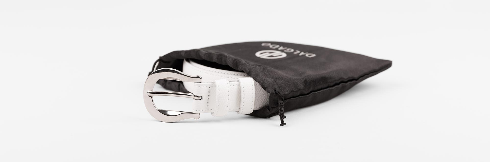 Palmelatto Leather Belt white and dust bag.